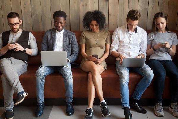 Sfaticati e incompresi: aziende schiave dei Millennial