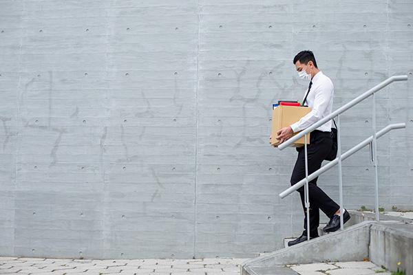 Disoccupazione e bassi compensi, il Covid penalizza i giovani