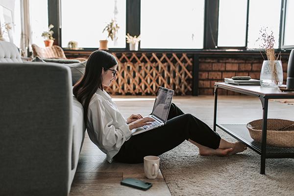 Lavorare da casa riduce l'assenteismo