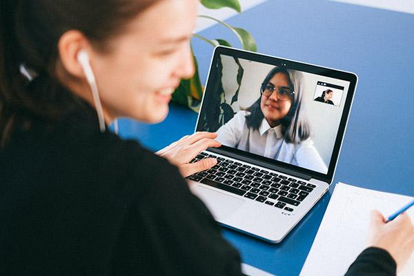 Tra fisico e digitale, vince la collaboration