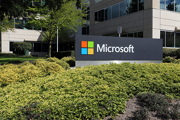 Ritorno in ufficio, Microsoft inaugura il modello di lavoro ibrido