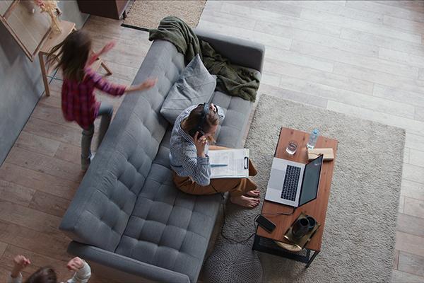 Giovani, carini e senza ufficio