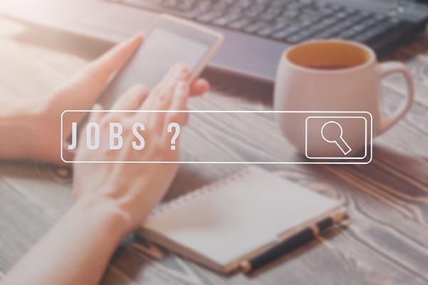 Basta un'App per cercare lavoro