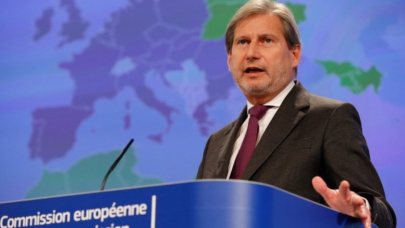 La Commissione europea diventa agile. E dimezza gli uffici