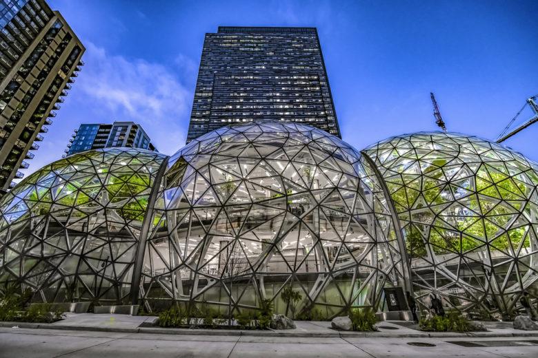 Due insider raccontano Amazon dietro le quinte