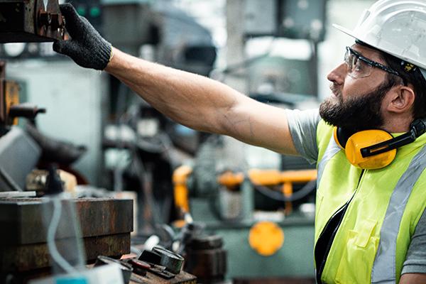 Le morti sul lavoro impongono alle aziende una scelta di valore