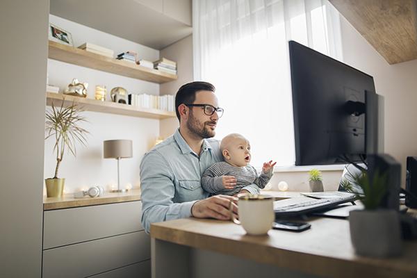 Il nuovo congedo di paternità che ribilancia gli equilibri tra genitori